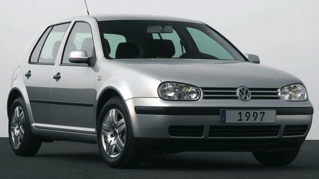 Volkswagen Golf Kasaları